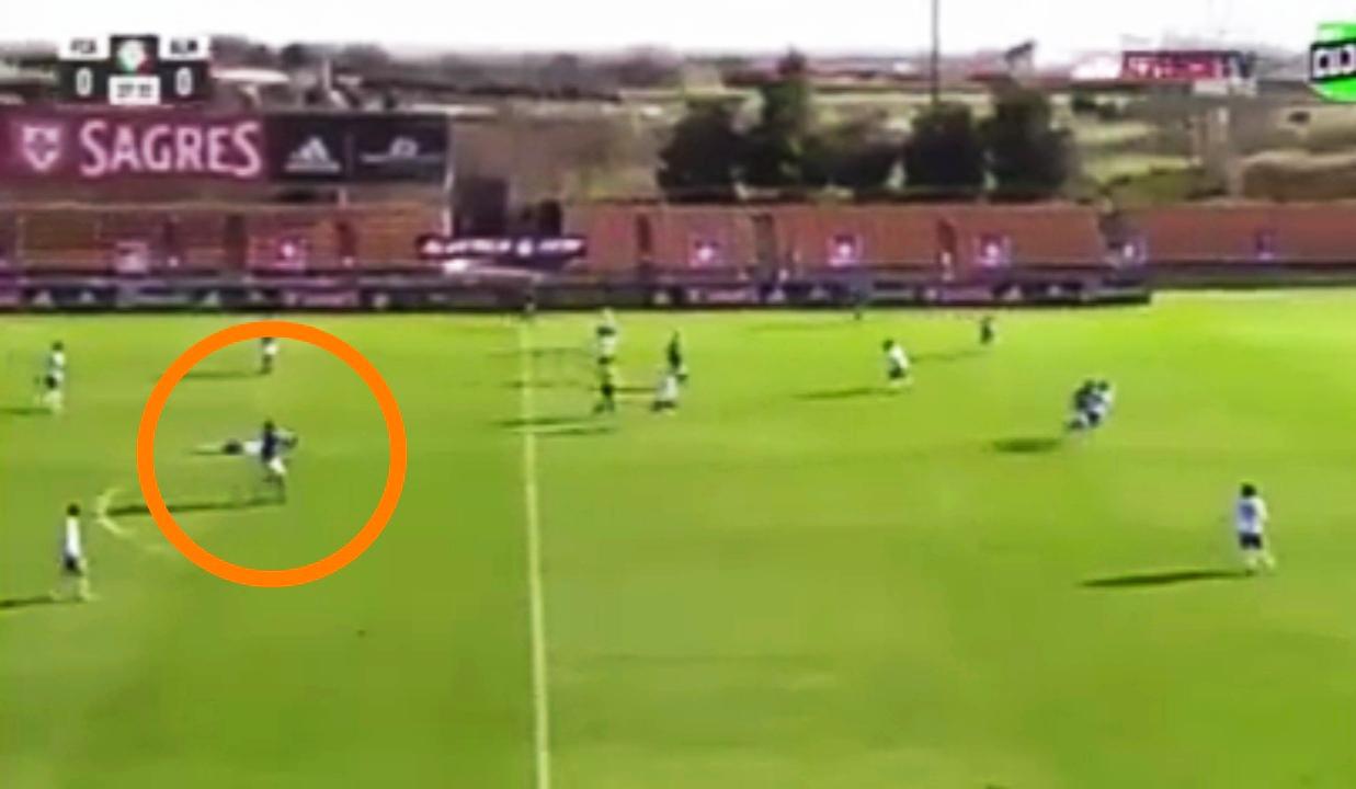 Portugal: Fudbaler pao u nesvest usred utakmice!