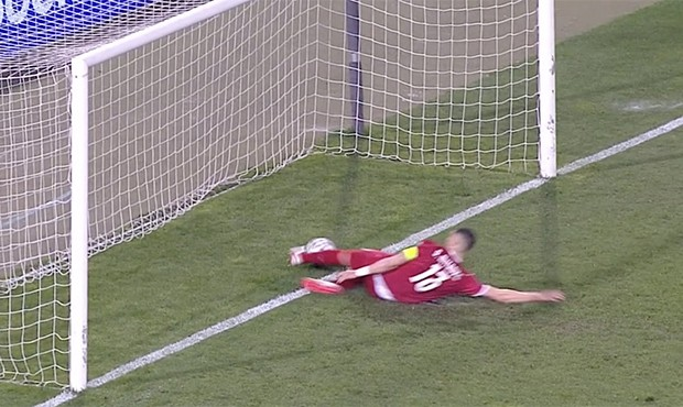 Linijski sudija koji nije priznao gol Ronaldu protiv Srbije ne ide na EVRO