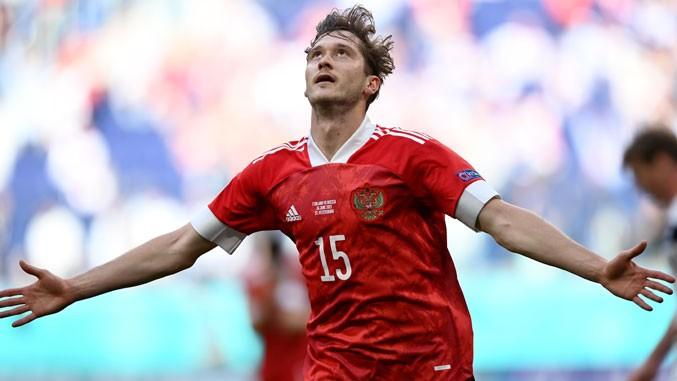 Aleksej Mirančuk za pobedu Rusije protiv Finske (1:0)