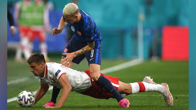 Slovačka pobedila Poljsku na Evropskom prvenstvu (2:1)