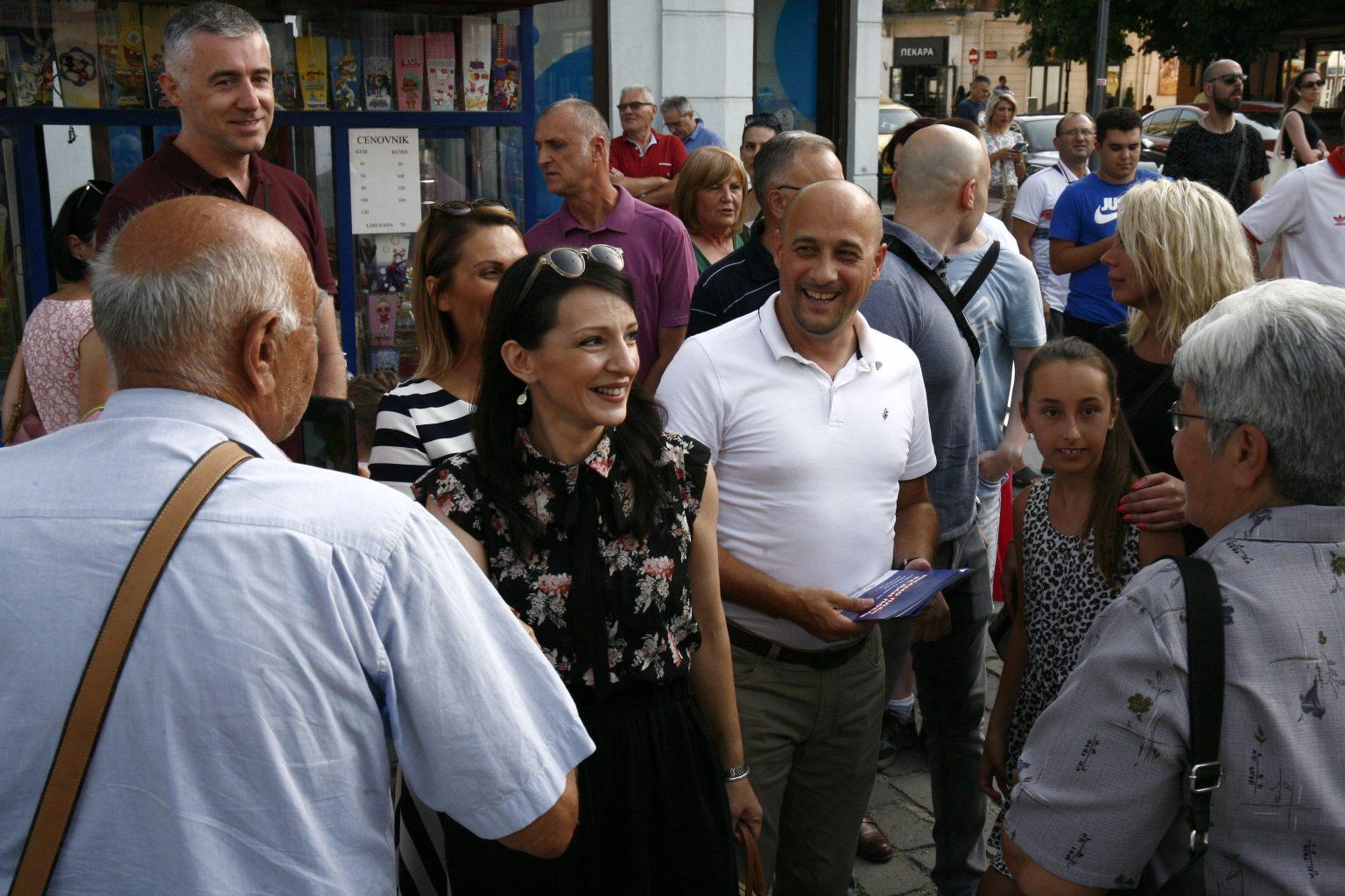 Kragujevac: Marinika Tepić u predsedničkoj kampanji, dočekalo je samo 58 Kragujevčana